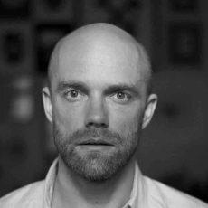 Eesti moe- ja ehtekunstnik Tanel Veenre liitus rahvusvahelise karusnahavabade moeloojate võrgustikuga